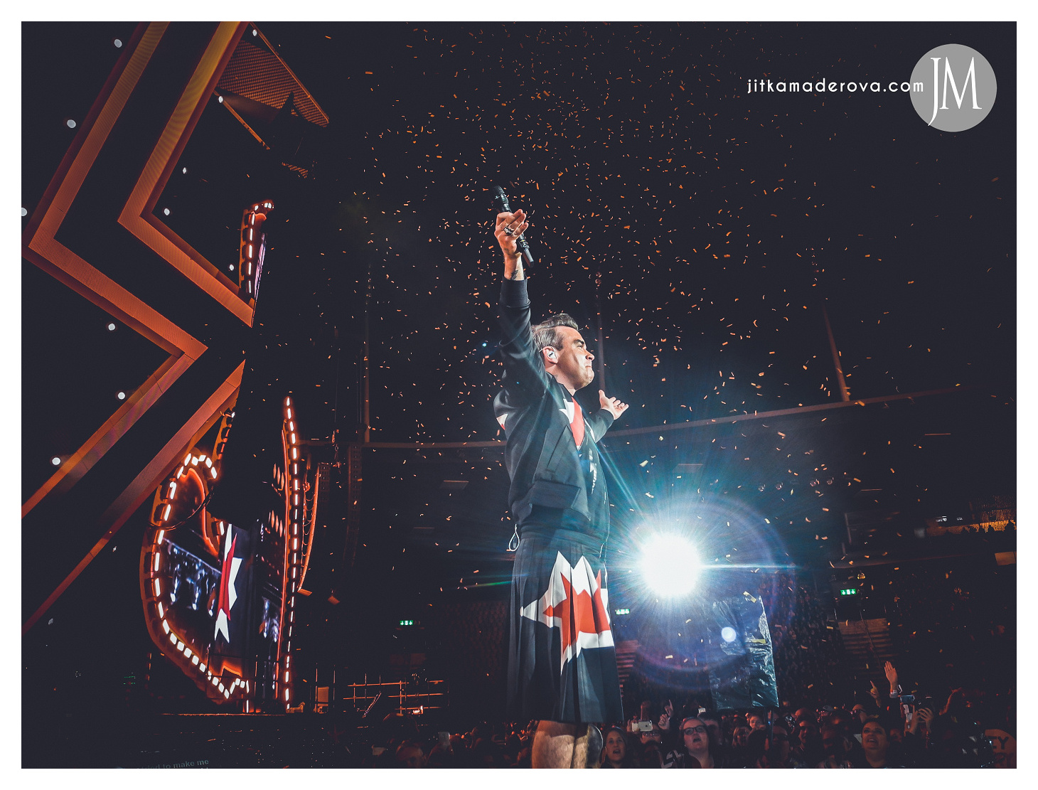 robbie-williams-zurich-heavy-entertainmaint-show-02092017-jitka-maderova-052